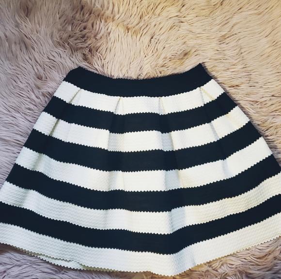 Cute, very well made skirt